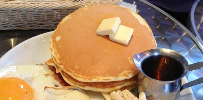 甘い物にしょっぱいものは合うね!川崎「TBC DINER」でパンケーキ食べてきました!