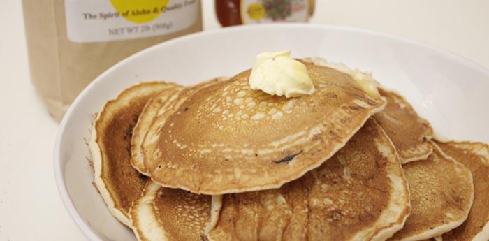 水だけで作れる簡単パンケーキ。エッグスン・シングス の粉が激ウマ。