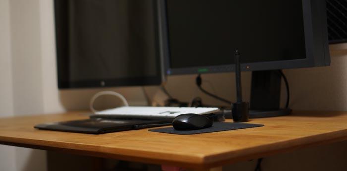 無垢のパソコンデスクが欲しくて。ikususuのIXDT140AT購入しました!
