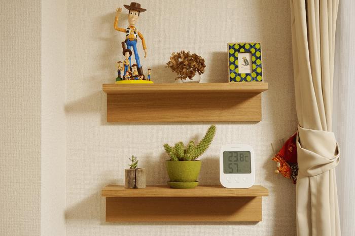 無印良品の「壁に付けられる家具」棚を2個買ったら少しはオシャレになった!