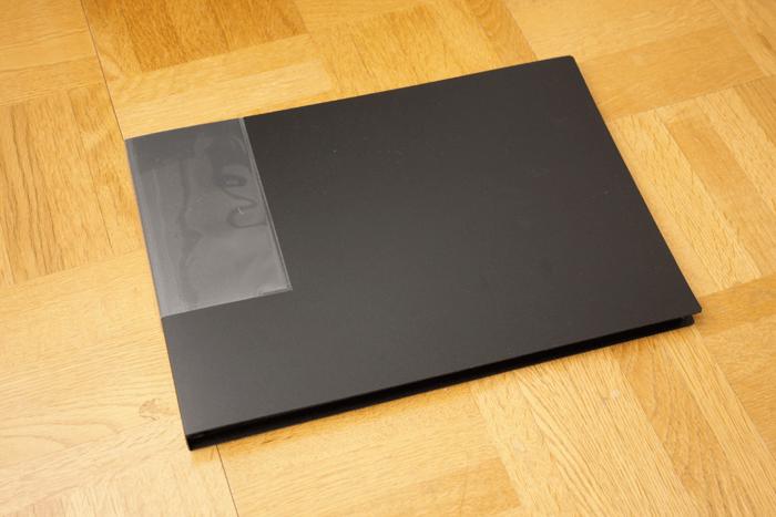 面接用にA4サイズ見開きの作品入れを買いました!