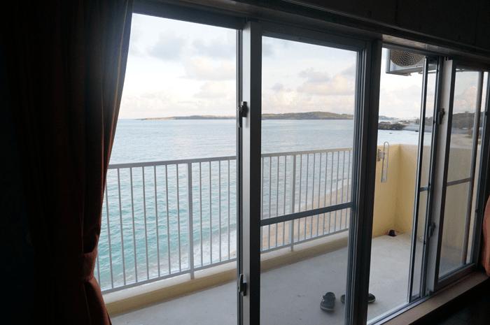 人におすすめしたくなる!沖縄旅行で泊まるならプライベートビーチのコンドミニアムが最高!