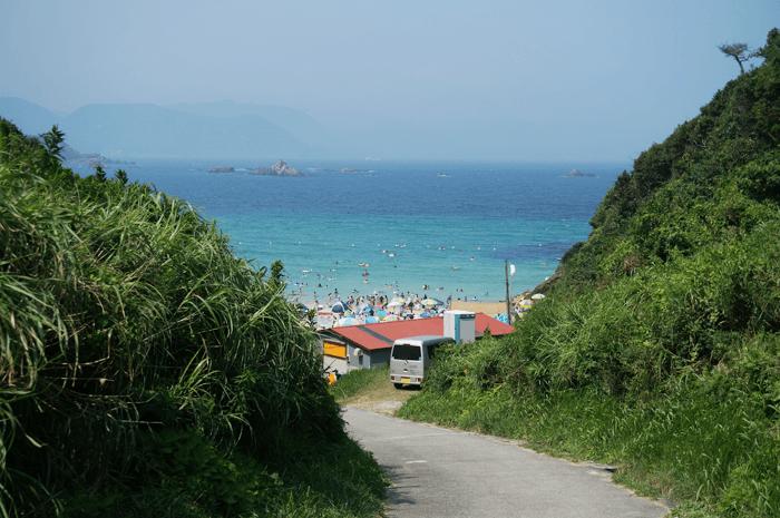 透き通った海が奇麗!!伊豆 九十浜海水浴場の行き方と施設!