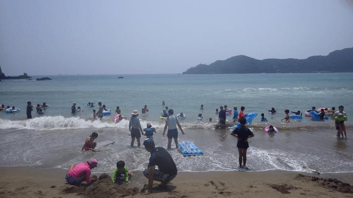 都内から片道3時間30分  日帰りで行ける 伊豆 弓ケ浜の海水浴場の行き方と施設