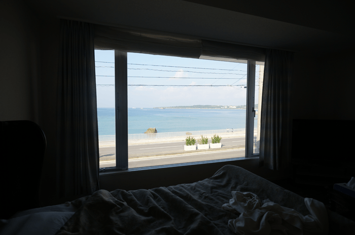 沖縄でホテルに泊まるのに本当のプライベートビーチを体験してないの?1万円でこの凄さですよ!僕は2回泊まったおすすめホテル!