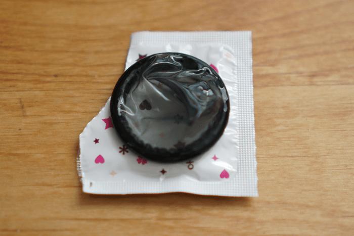 160913_condome_lovemart__03