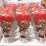 バレンタインに上目遣いが可愛すぎるチョコ ロリポップ ベアアルノ。