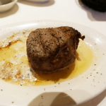 ハワイでルーズクリスステーキハウスでお肉を食べてきました^^ 日本からの予約方法とか。
