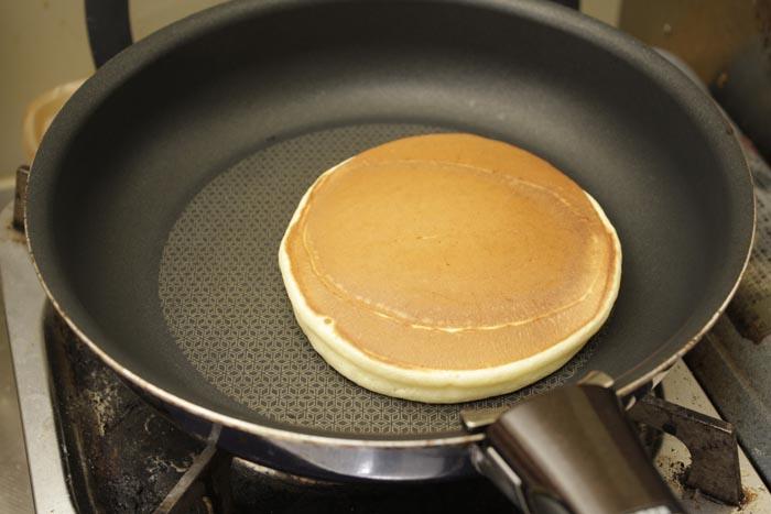 121230_03_pancake_hoterunewotani_06.jpg