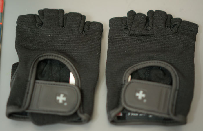 130117_02_Training_glove_03.jpg