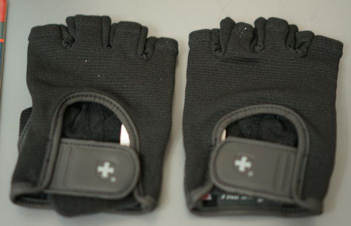 130117_02_Training_glove_03.jpg