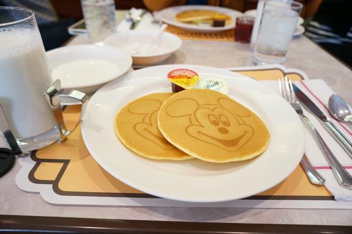 130430_disney_pancake_02.jpg