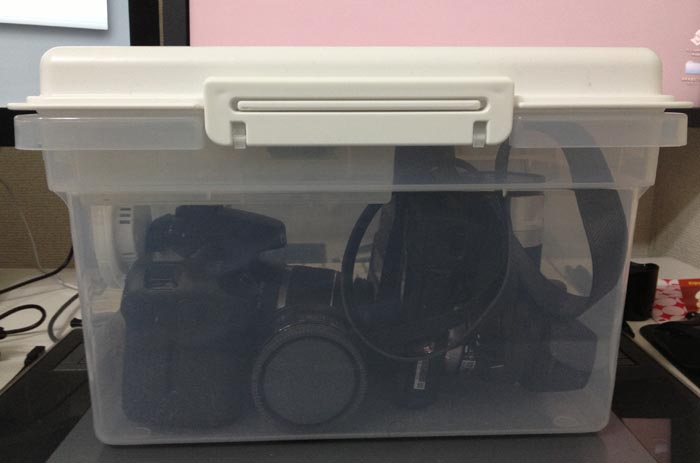 131115_camera_drybox_02.jpg